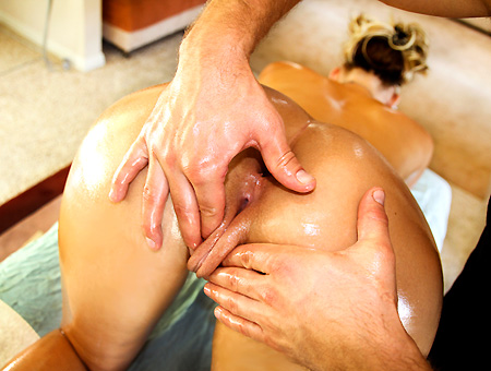 Massage of a Lifetime w/Phoenix Marie